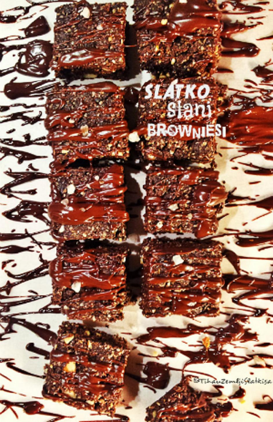brownie uspravna.jpg | Author: