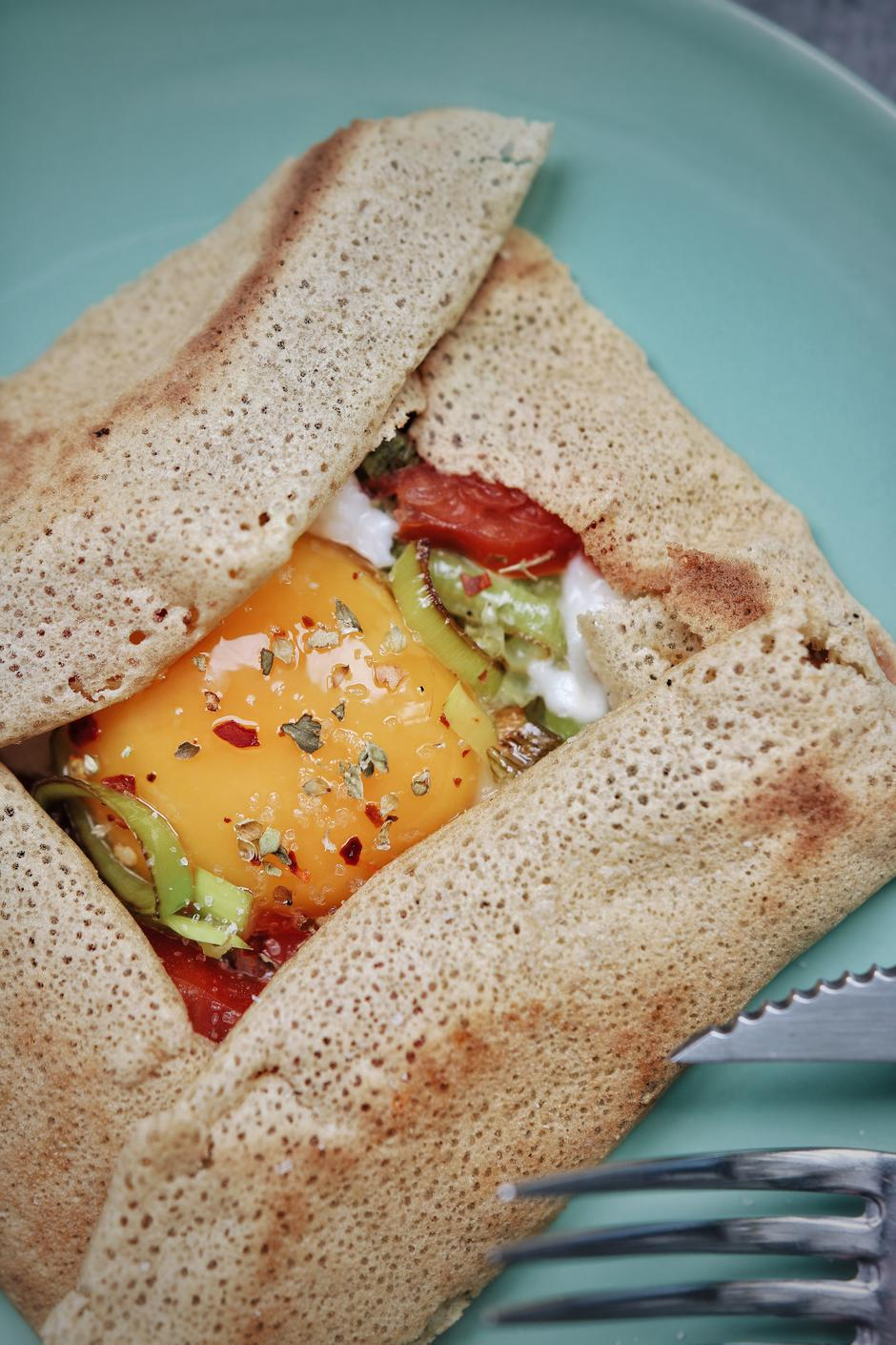 | Author: Laura Roman
